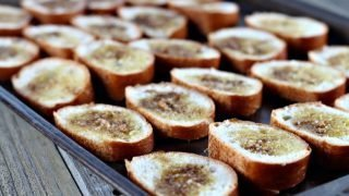 How to Make the Perfect Crostini