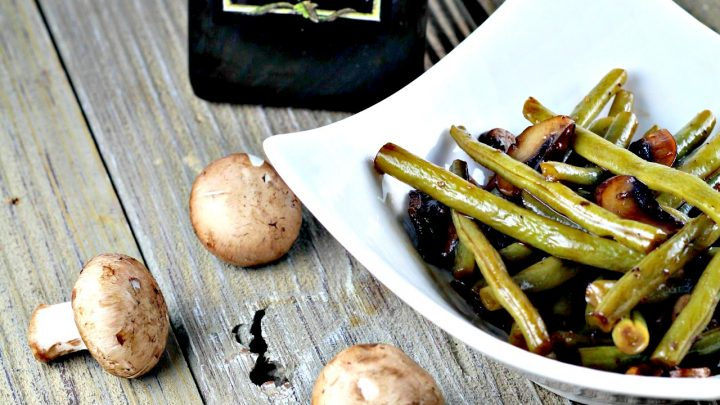 Balsamic Glazed Green Beans With Almonds
